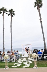 110600 Terri officiating Katy and Hectors wedding in La Jolla
