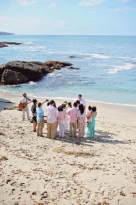 140500 Mark officiate wedding of Rizaldi and Anne at Treasure Island beach below the Montage