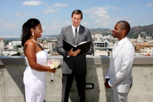 120700 Mark Linzmeier officiating Terri Lange Photography Wedding in Hollywood 2