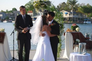 Mark Linzmeier officiating wedding for Niloufar at Lake Forest Sun and Sail Club