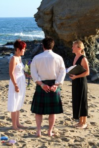 Orange County beach wedding at Table Rock in Laguna Terri Lange Linzmeier minister groom in kilt